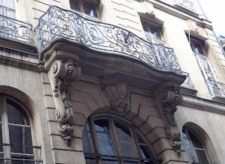 Balcon du 56 rue des Francs-Bourgeois à Paris