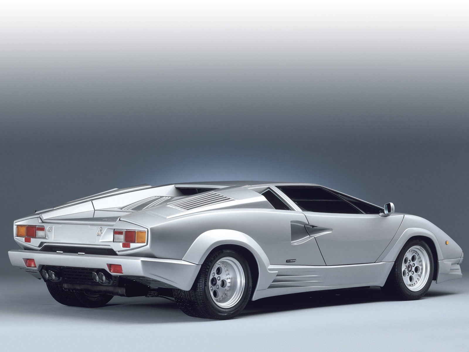 1989 Lamborghini Countach 25th Anniversary Pictures