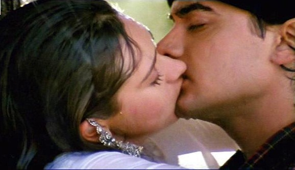 Images Of Bollywood Tadka Karishma Kapoor N Aamir Khan Kiss Scene From