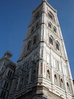 Torre de Giotto. campanario con una altura de 84.70 metros y 441 escalones.