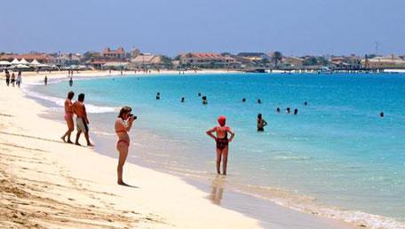 """Iniciativa """"Cabo Verde sem Plástico"""" lançada no Sal e na Praia"""