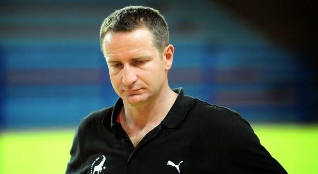 Tras la debacle, renuncia entrenador de Serbia | Mundo Handball