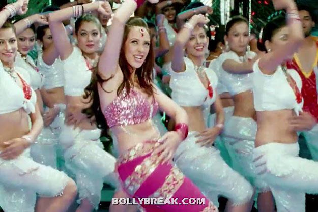 Hazel Keech Navel - (5) - Hazel Keech Hot Pics - Maximum Movie Item Song
