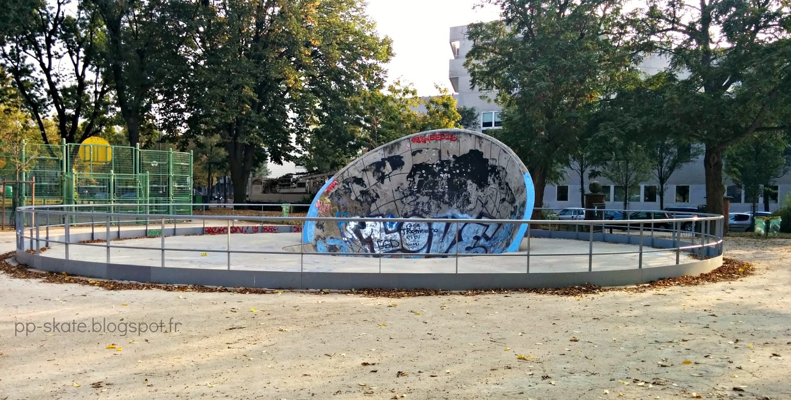 Skatepark paris craddle