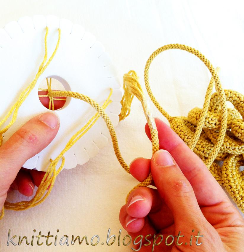 Togliere dal disco la corda del kumihimo