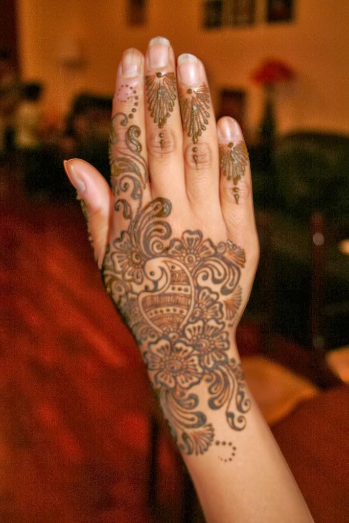 Mehndi Designs Grand : Stylish and beautiful hand mehndi designs for girls