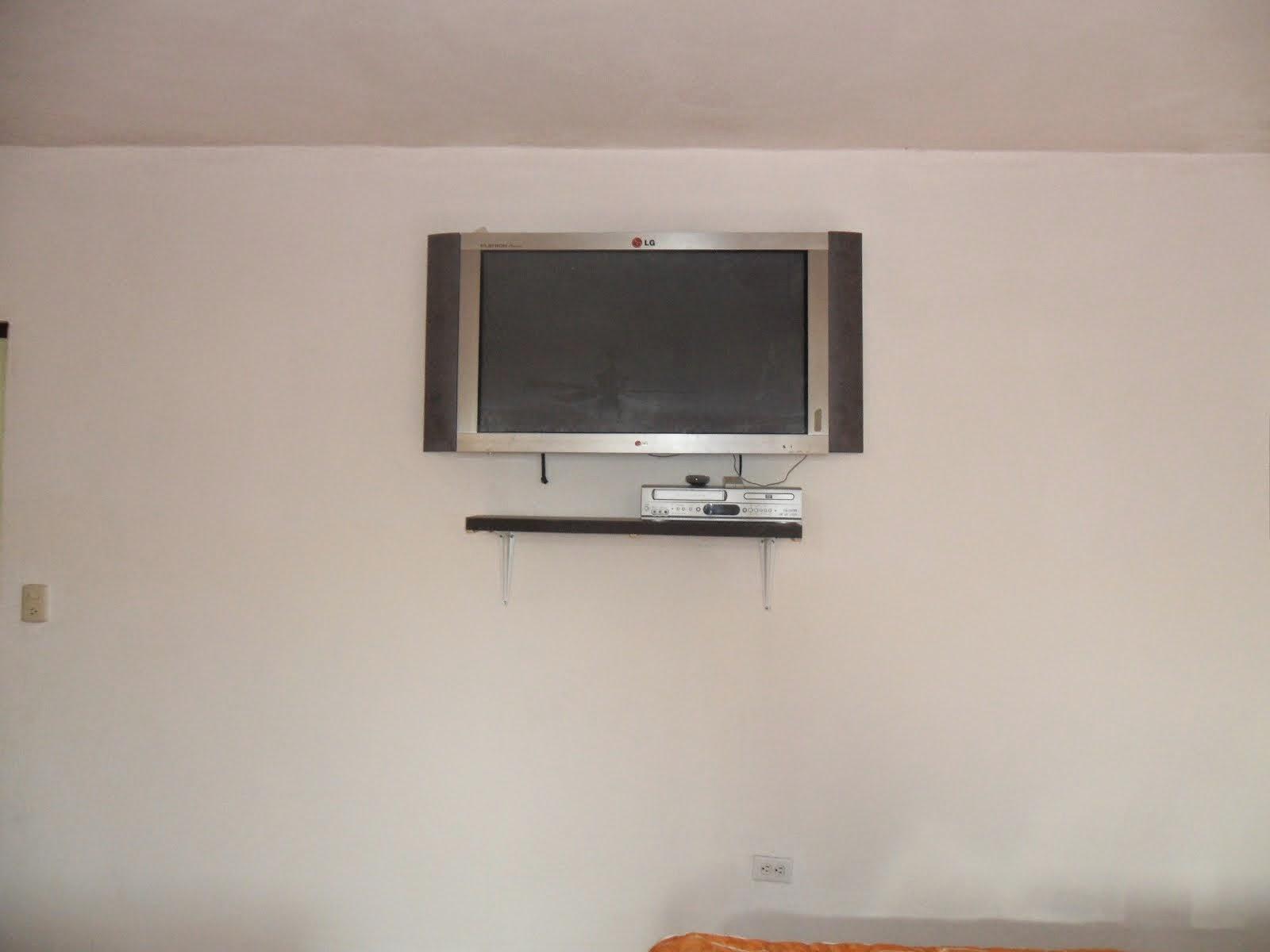 Cuarto con TV y SKY