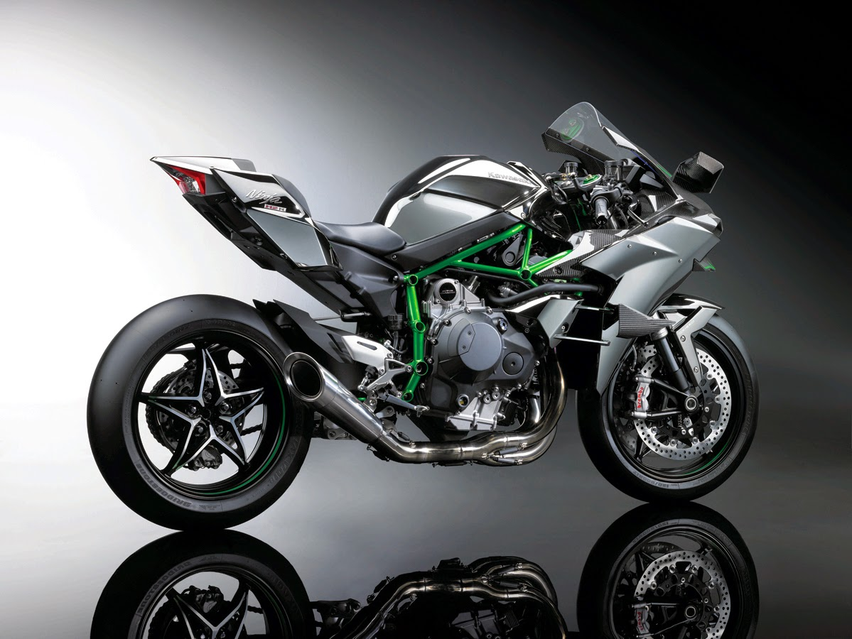 Kawasaki Ninja H2R - From Zero To Dead!