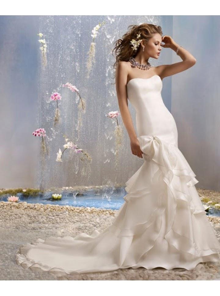 Vestido de Novia Trompeta con Falda en Capas Diagonales