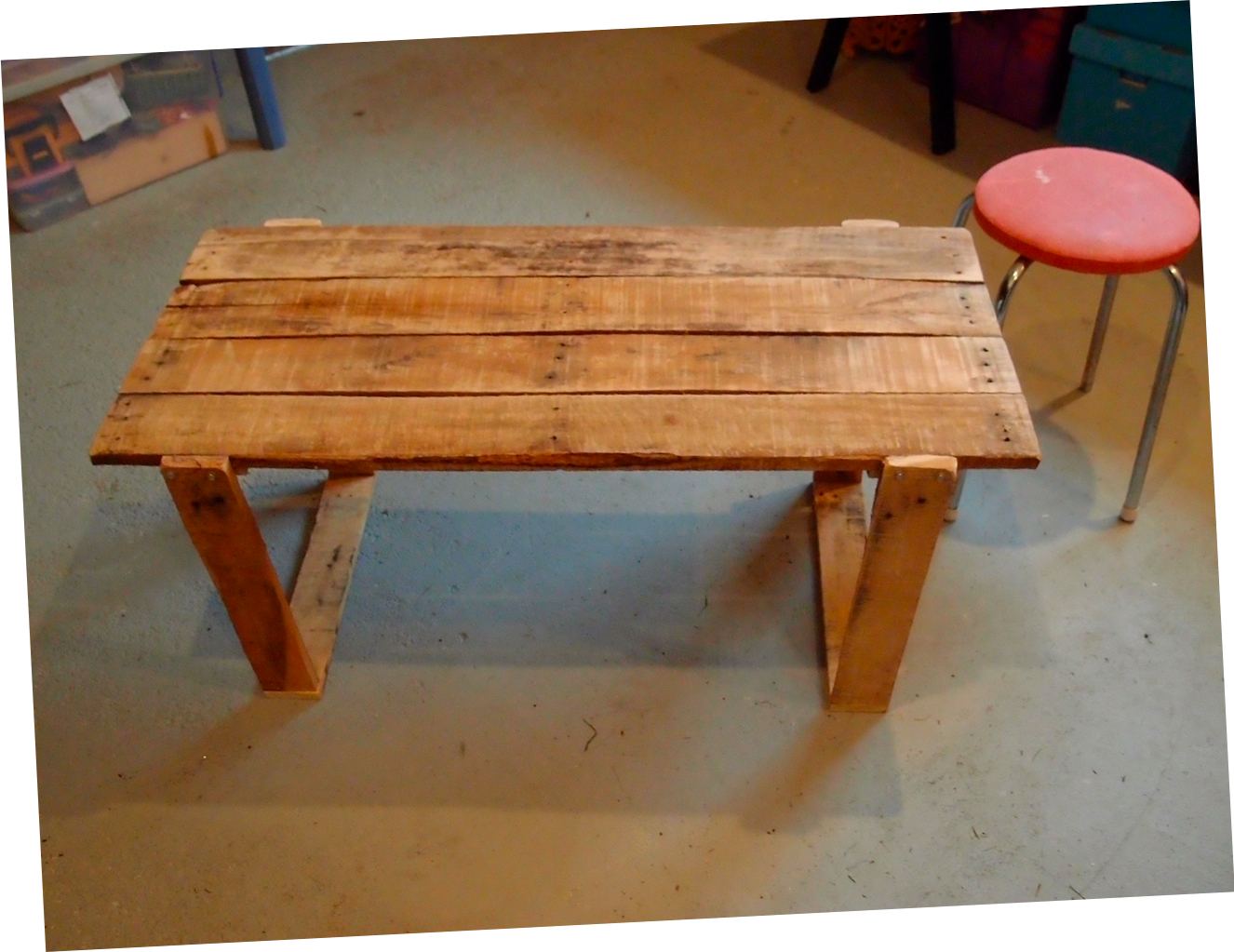 Simple Coffee Table   With Split Lid