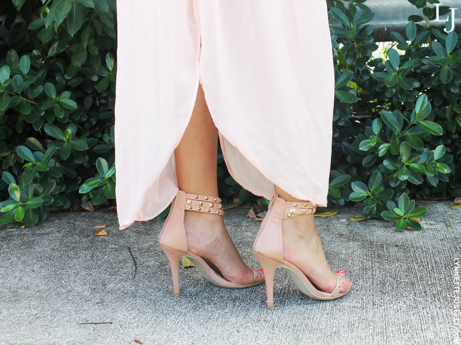 soft-pale-pink-nude-fall-fashion-trend