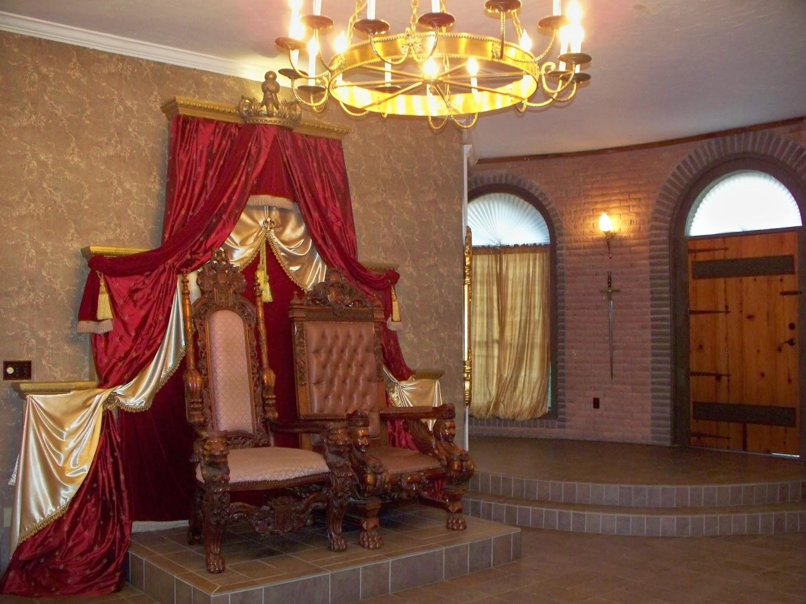 The Louisiana Castle Tour
