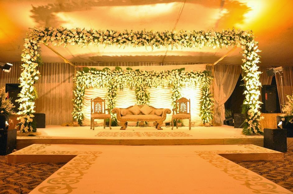 Latest Flower Decoration And Various Items In Foods Weddings In Paksitan