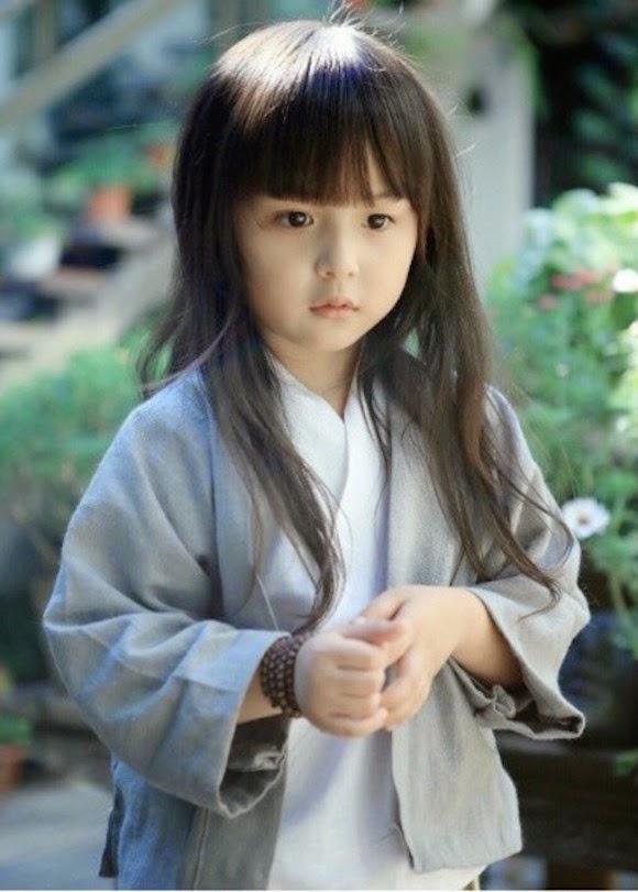 Foto Liu Chu Tian balita paling cantik di dunia