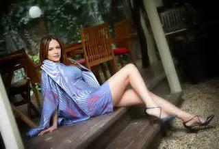 Kumpulan Foto Hot Sinem Ozturk