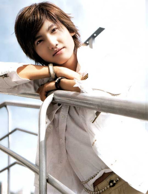 صور للفرقة الكورية TVXQ A6027ea9-2