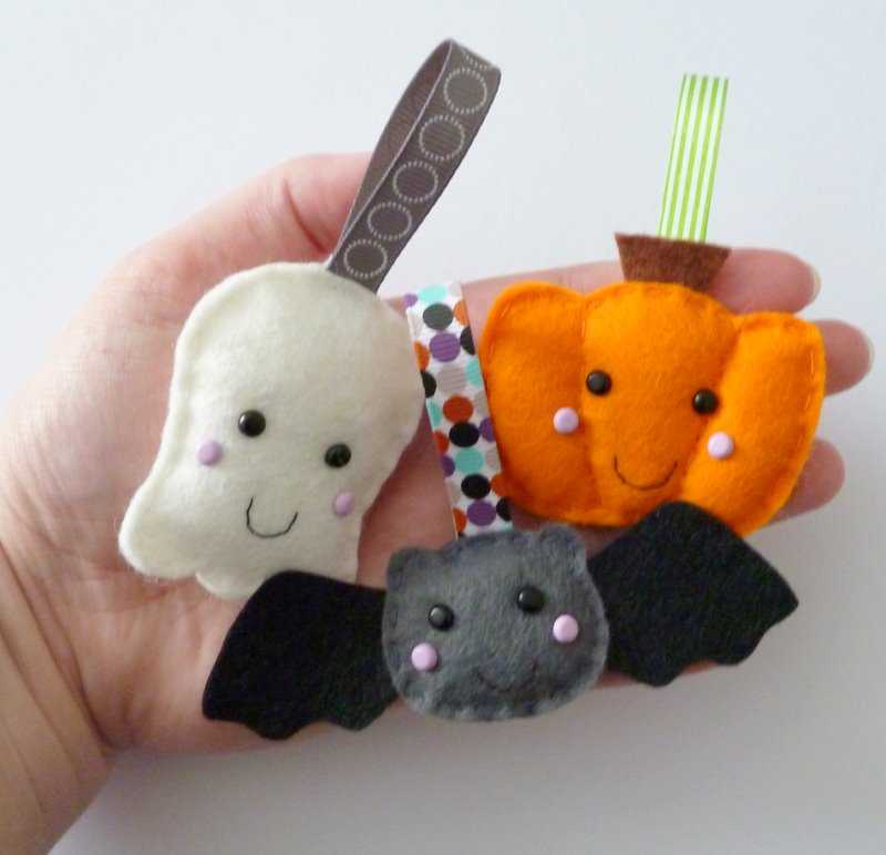 paper and string: trick or treat - Cute Halloween Decorations