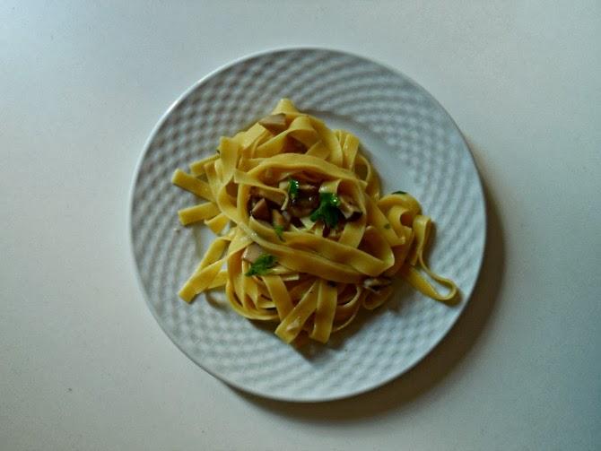 tagliatelle ai funghi porcini - porcino mushrooms pasta