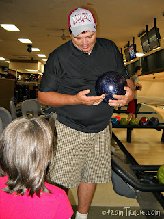 This is how you hold the bowling ball