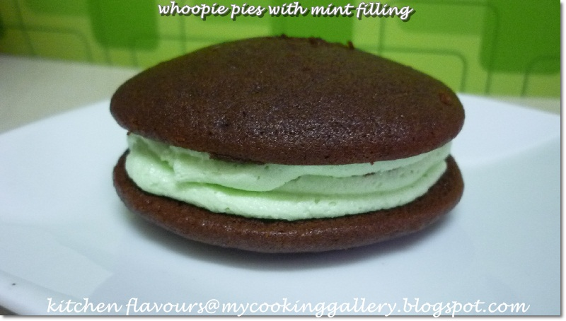 kitchen flavours: Whoopie Pies With Mint Filling : Free and Easy Bake ...