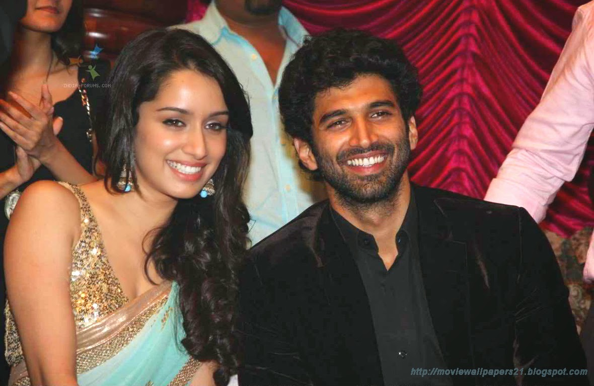 online movies wallpapers: aditya roy kapur and shraddha kapoor