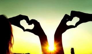 Cinta itu indah