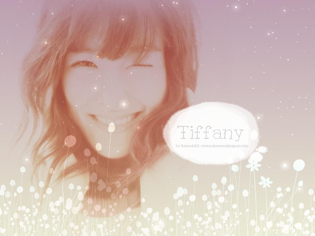 http://3.bp.blogspot.com/-dQC4vQJqpsQ/UIKKIsZSJHI/AAAAAAAAJFs/TsQB7jGTC8A/s1600/Tiffany+White+Flowers+Effect+Wallpaper.jpg