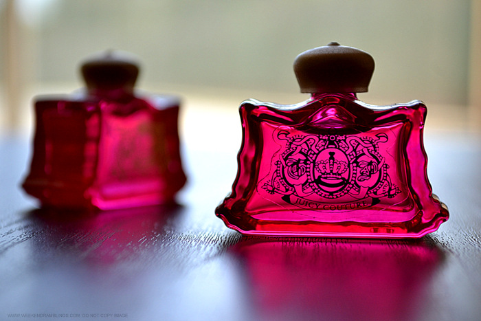 Juicy Couture Viva La Juicy Eau de Parfum Designer Perfumes Fragrances for Women Blog Review