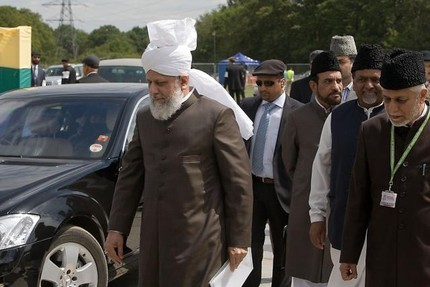 His holiness mirza masroor ahmad center on route to deliver his