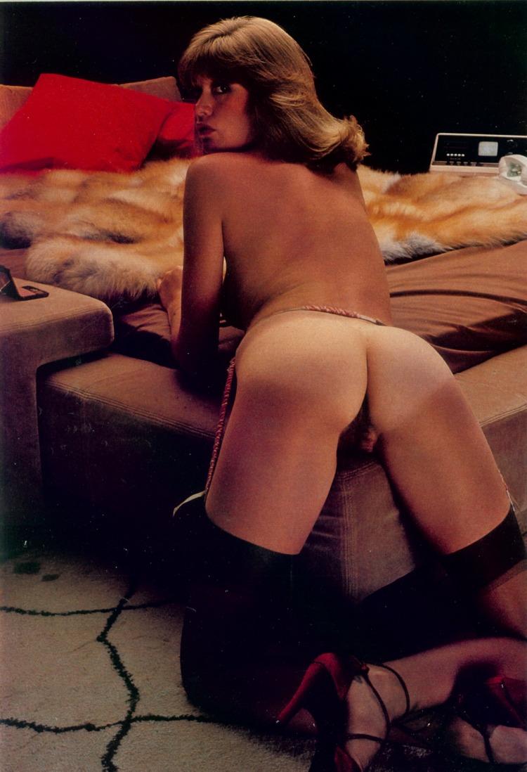 ashley nikki cox nude