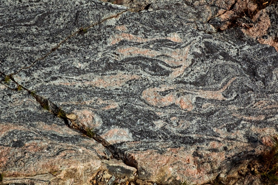acasta gneiss radiometric dating Relative versus absolute age of rocks  radiometric dating which rocks can be dated  acasta gneiss in northern canada was.