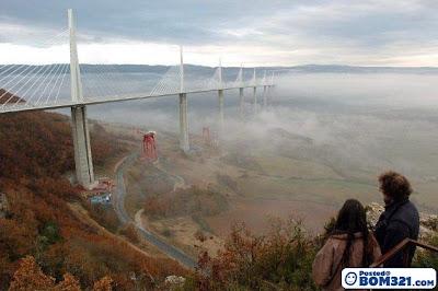 Jambatan Le Viaduc De Millau, Jambatan Atas Awan