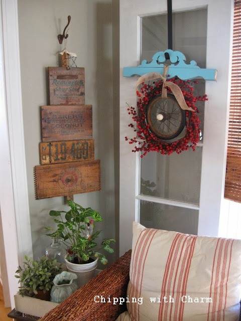 Chipping with Charm: Crate Tree...http://www.chippingwithcharm.blogspot.com/
