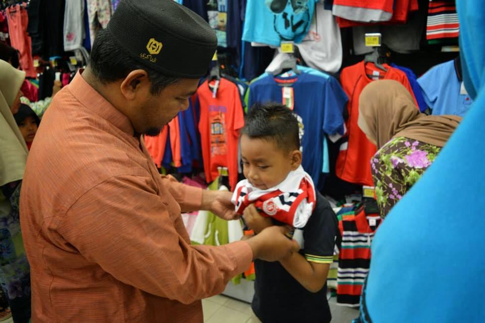 Shoping Baju Raya Anak Yatim Kuala Nerus 1435 H