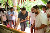 Allu Arjun Trivikram Movie Opening Photos-thumbnail-14