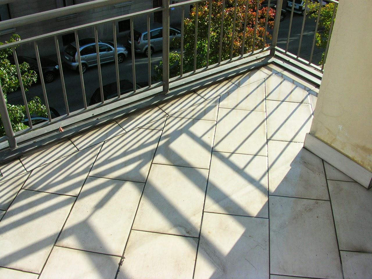 Il costruttore edile: perdite dacqua su terrazzi e balconi.