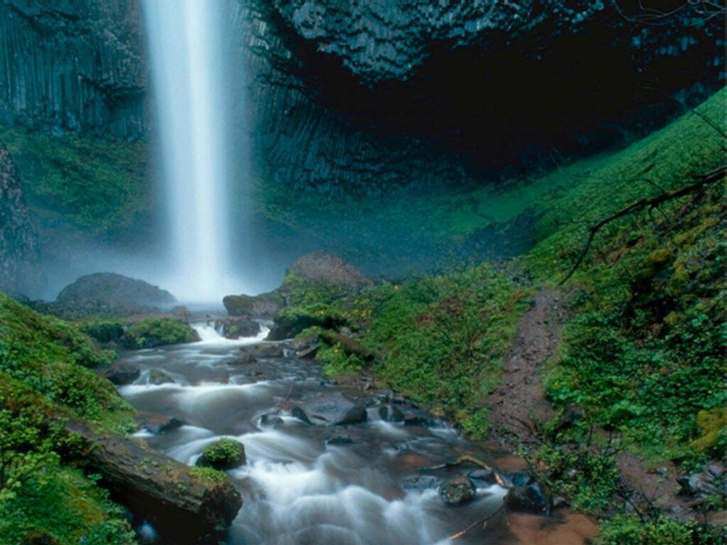 Image gallary 5 beautiful waterfall wallpapers for desktop - Nature wallpaper of waterfall ...