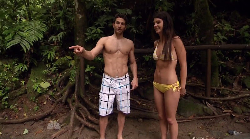 Mike Spiro shirtless in Love in the Wild s1e01