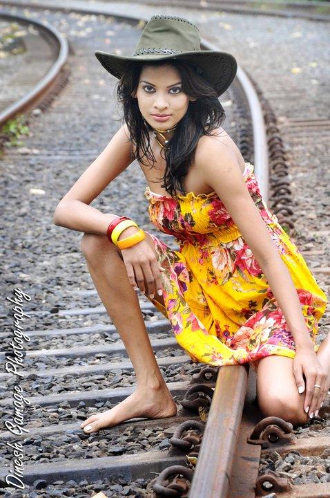 Sri Lankan Sexy Girls Actress and Modles: Upeksha