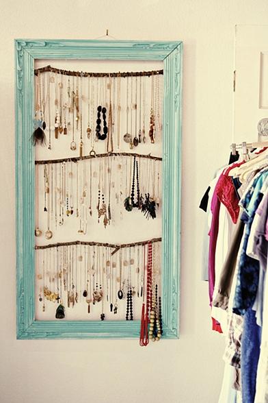 DIY Vintage Chic: Bedroom Cottage