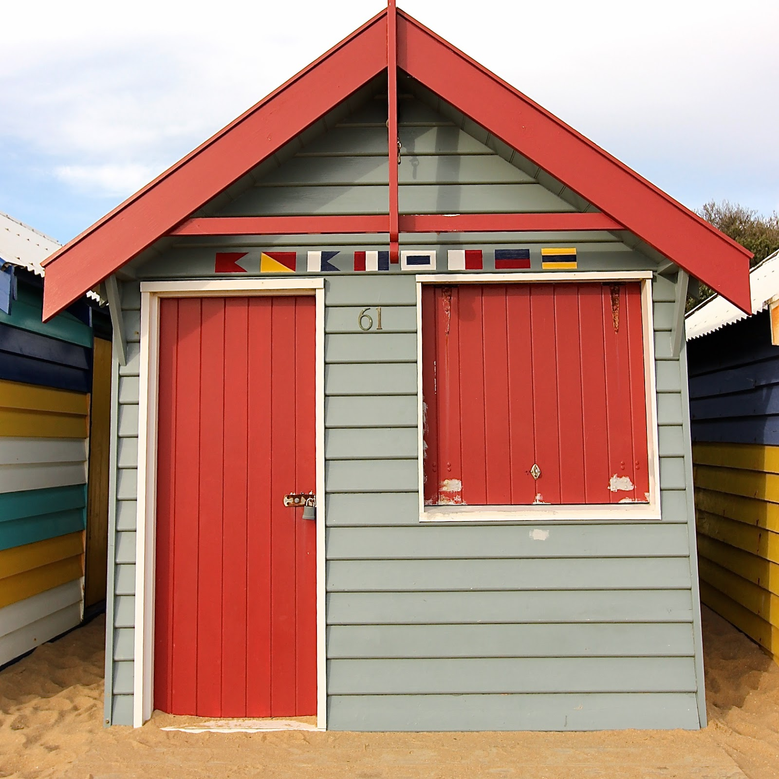 beach huts boat sheds brighton beach