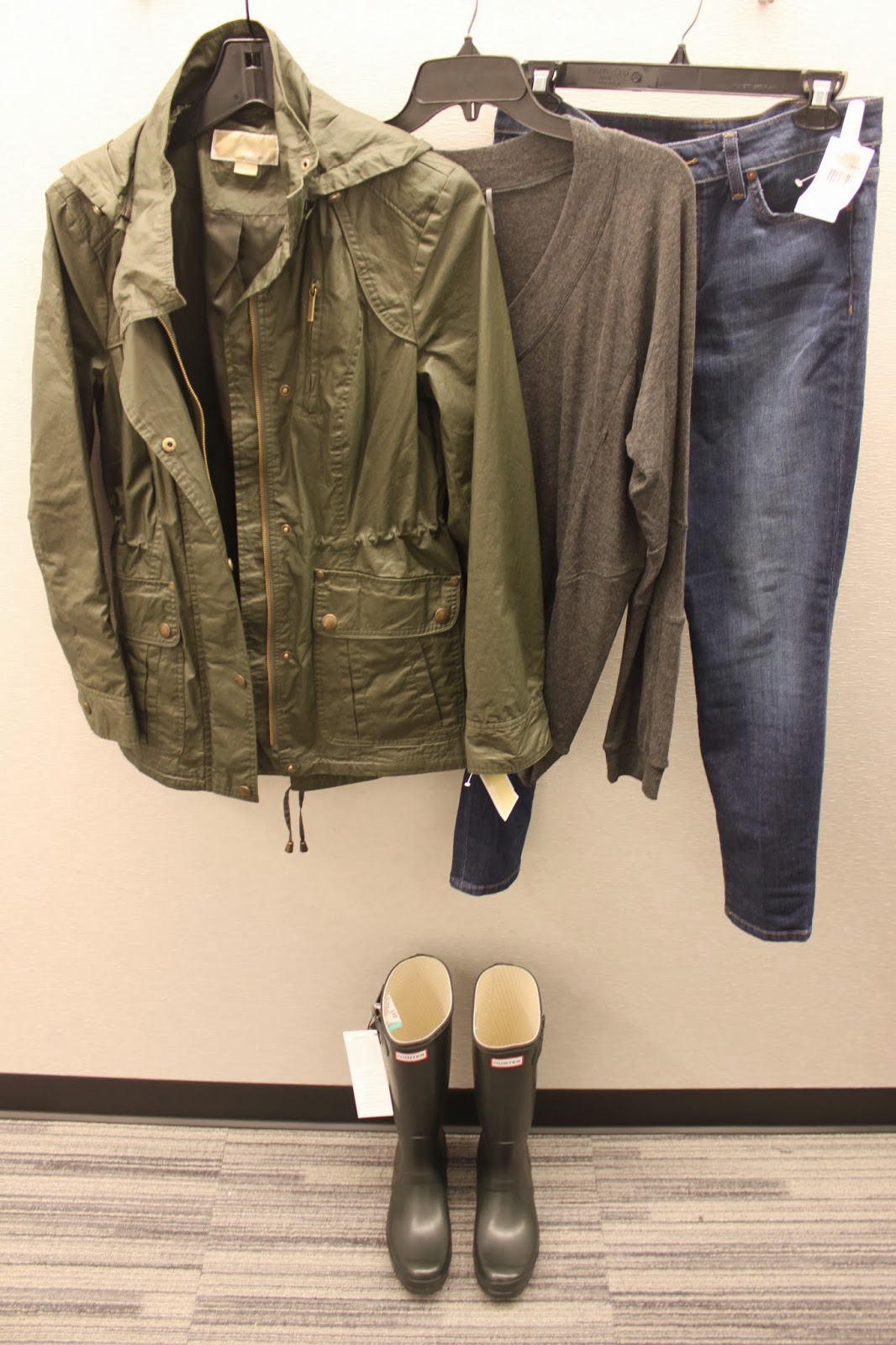 Leather jacket nordstrom rack - It Rains A Lot Here In Oregon So A Good Pair Of Rain Boots Is A Must I Already Own A Pink Pair Of Hunter Rain Boots But I Ve Been Dying To