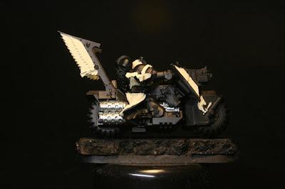 Blanco Hueso de Vallejo Model Color en los Motoristas del Ala de Muerte de los Ángeles Oscuros