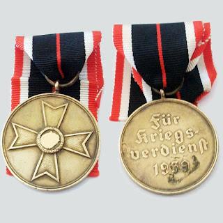 medalla a la cruz al merito