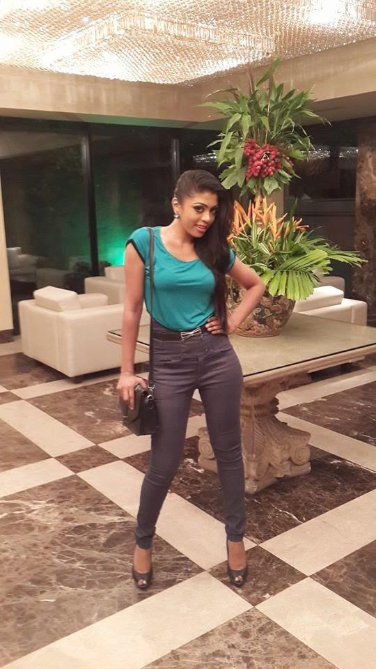 Imalsha Madushani jeans
