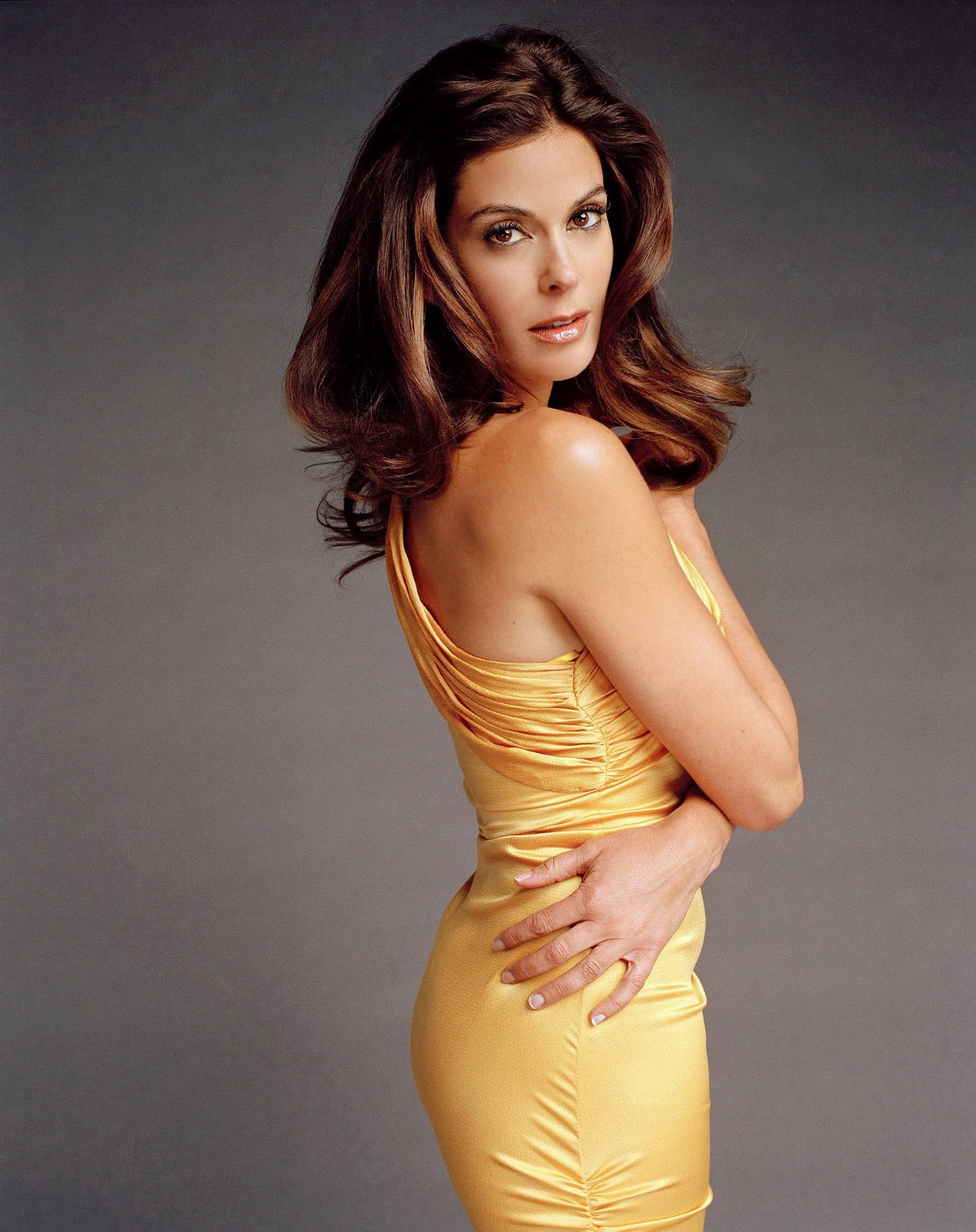 Teri hatcher in the cool surface 2