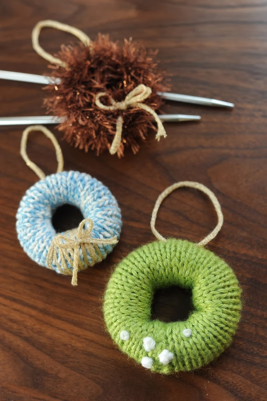 Rust Sunshine 12 Days Of Christmas Day 11 Knitted Wreaths