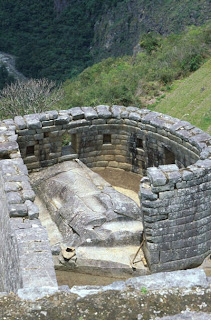 Holiday Fans travel the World RTW -family activities Budget Travel The Temple of the Sun Machu Pitccu