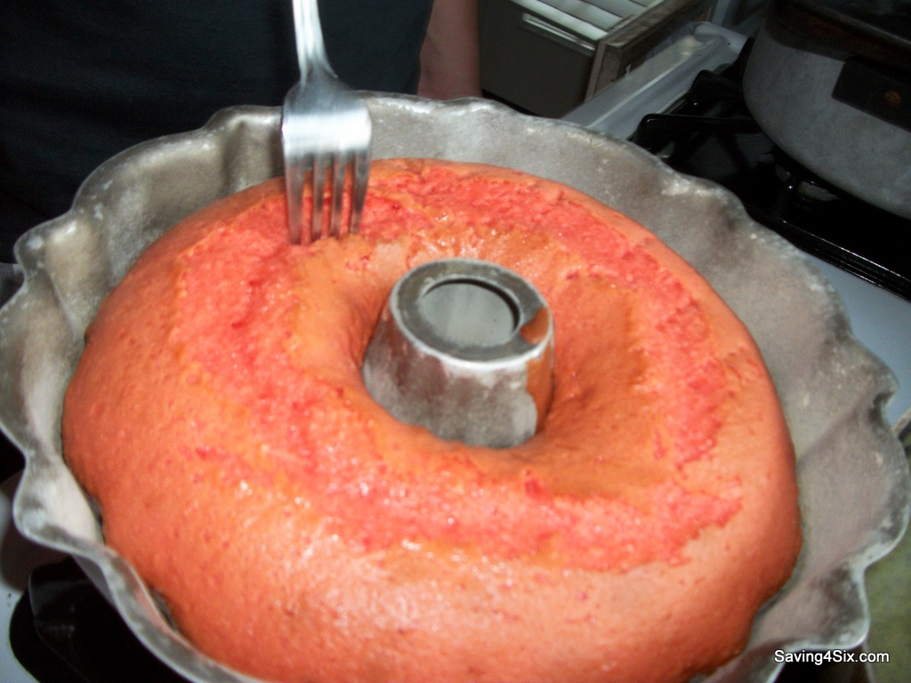 Pink Lemonade Pound Cake With Lemonade Glaze