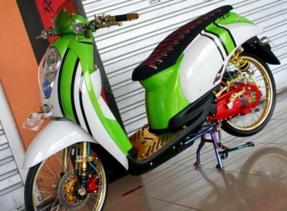 modifikasi motor honda scoopy velg 17